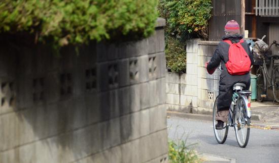 73歳のホームヘルパー 「下流老人」が老人を介護する時代