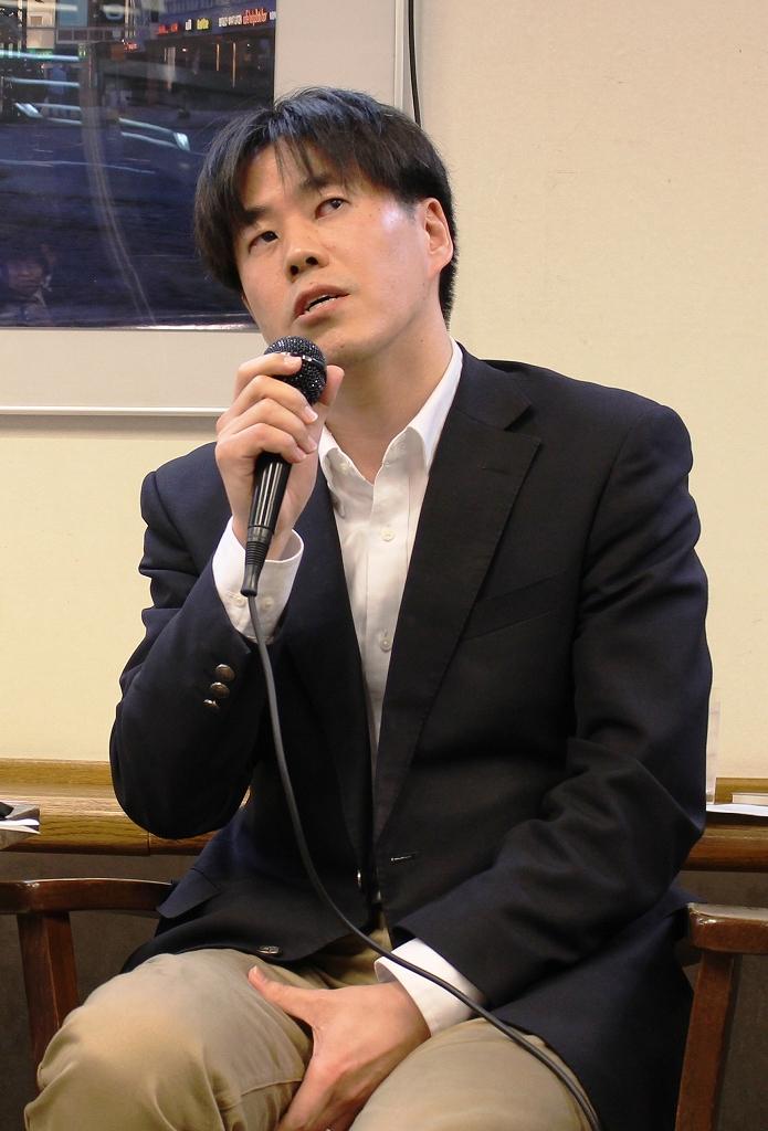 亀松太郎氏