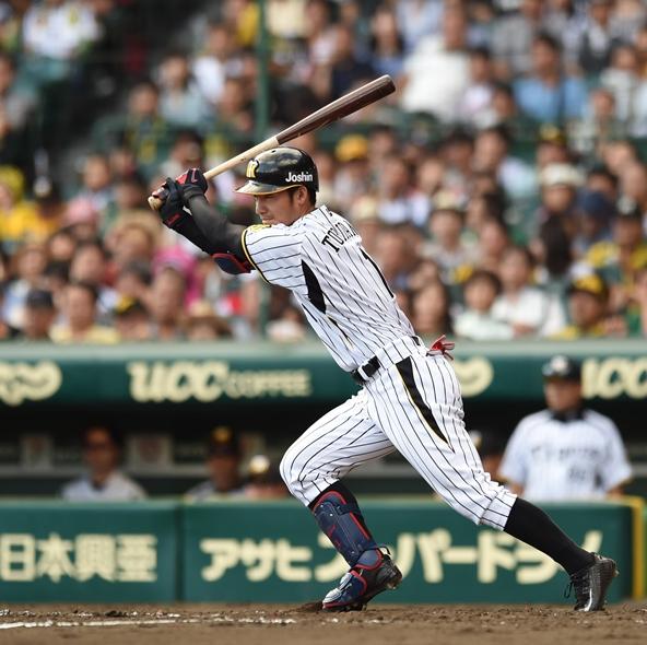 メジャー挑戦を表明しながらも、移籍先がまだ決まっていない阪神の鳥谷敬=10月23日、阪神甲子園球場