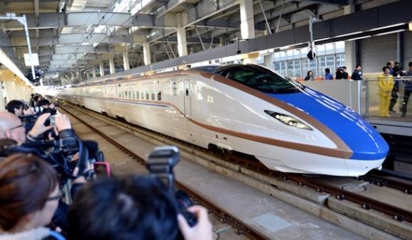北陸新幹線の開業がもたらすものとは