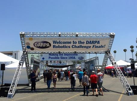 写真・図版 : 写真1、カリフォルニア州のポマナで開催