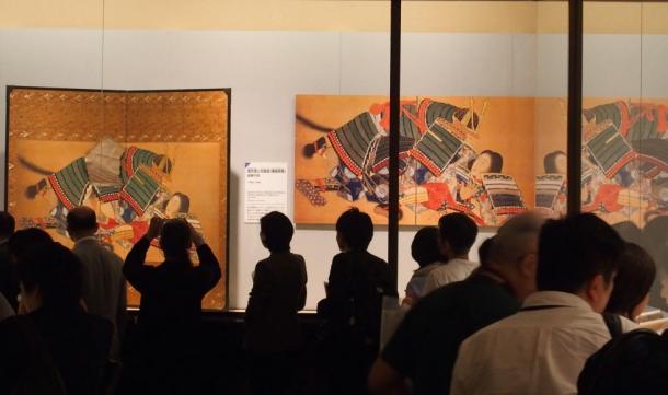 連日、多くの観客を集めた春画展=東京都文京区の永青文庫