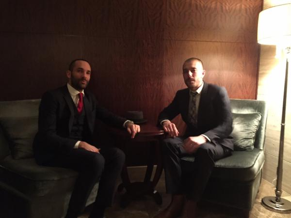 2度投資イニシアチブ創設者のユーグ・シュネ氏(右)とスタン・デュプレ氏=2016年2月、東京都