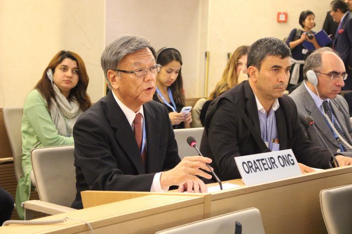 写真2 スイス・ジュネーブで開催された国連人権理事会で発言する沖縄県の翁長雄志知事=2015年9月21日