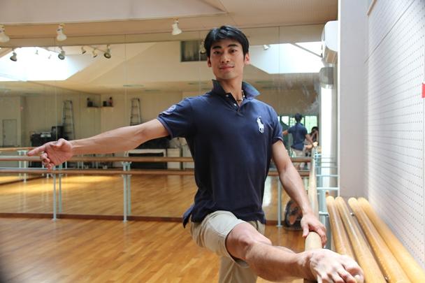 英ロイヤル・バレエ団第1ソリスト時代の平野亮一さん。9月からプリンシパルに昇格する=2013年8月