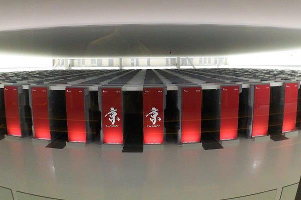 スーパーコンピューター「京」=2016年8月26日、神戸市中央区港島南町の理化学研究所計算科学研究機構