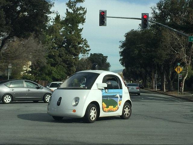 「完全自動運転の時代」に向け急速に進む技術開発