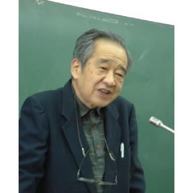 沖縄大学での最終講義に臨んだ宇井純さん=2003年1月、那覇市