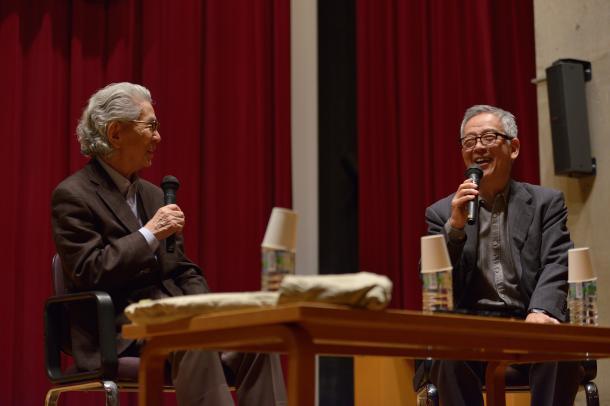 五木寛之さん(左)と島薗進さん