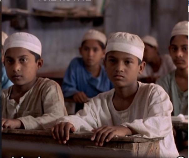 アヌが学んだイスラム学校「マドラサ」=映画「泥の鳥」
