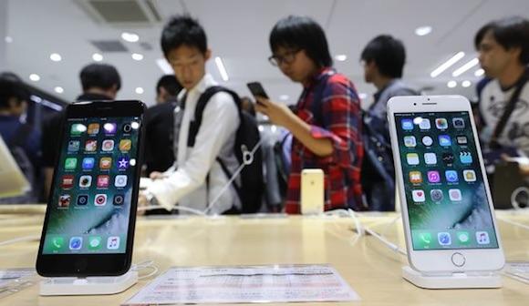 iPhone発売10年の軌跡