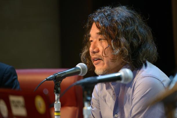 山崎憲さん