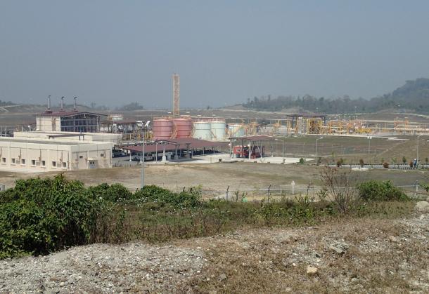 ミャンマーのベンガル湾岸にあるチャウピューに中国が建設したガス基地。これも「真珠の首飾り戦略」の一環と言われる