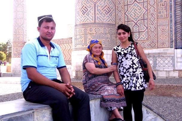 [7]ウズベキスタン、なんちゃってイスラム