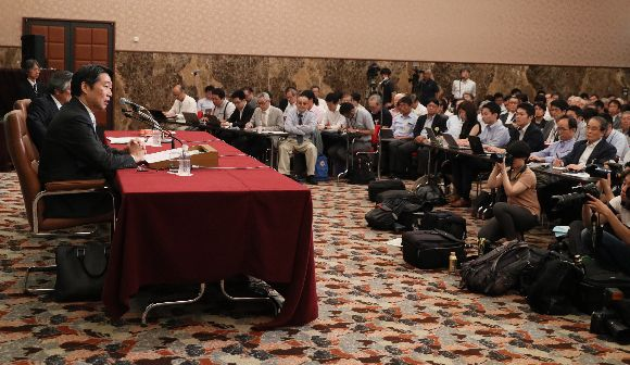 写真・図版:日本は内部告発をつぶす国か