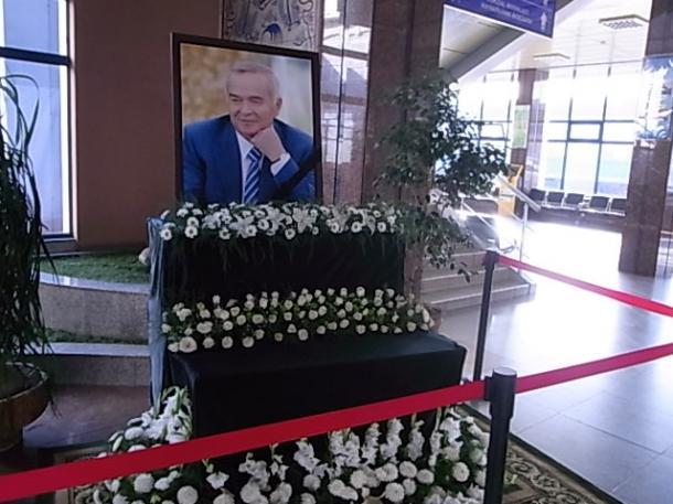 [8]ウズベキスタン、「残酷な独裁者」の実像
