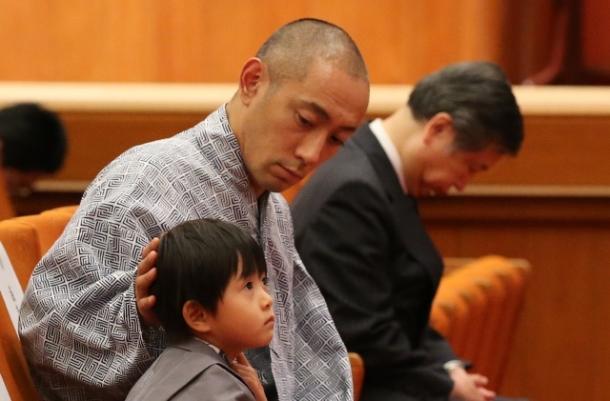 市川海老蔵・座頭「七月大歌舞伎」で起きた大事件