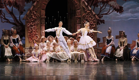 バレエの本場・ロシアで活躍する日本人