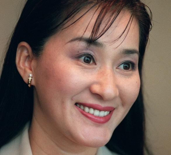 ブログやYouTubeで夫の船越英一郎さんを非難しているタレントの松居一代さん=1998年、東京都内