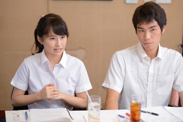 (向かって左から)内海奈南さん、高山智也さん