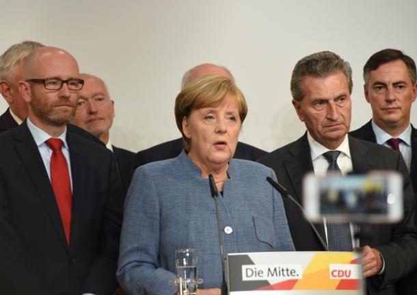 ドイツでは10月から高額の過料を伴うフェイクニュース、ヘイトスピーチへの規制法が施行された=ベルリン、吉武祐撮影