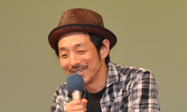 TBS系『監獄のお姫さま』の脚本を手がけた宮藤官九郎=2012年、東京都内