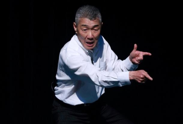 松元ヒロ=28日、東京都新宿区の紀伊国屋ホール、小暮誠撮影 2016