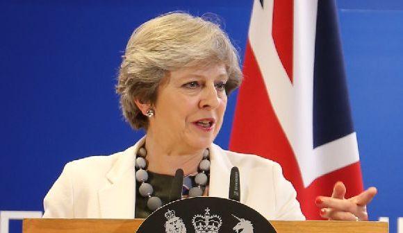 新設された英国の「孤独担当相」とは