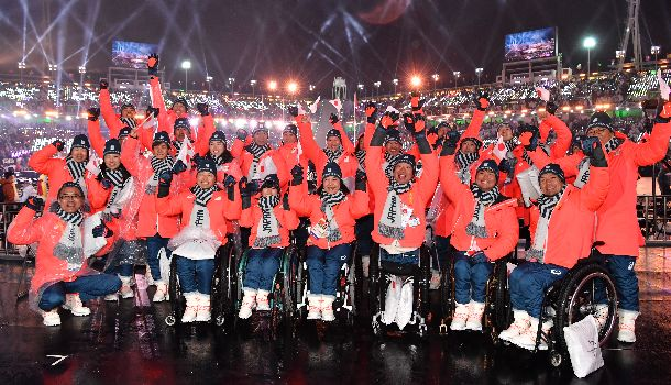 平昌パラリンピックの閉会式に参加した日本の選手たち=3月18日