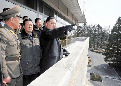 写真・図版:北朝鮮、金王朝の強さと危うさ
