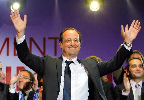 板ばさみのフランス、オランド新大統領