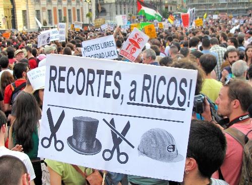写真・図版:スペイン、若者失業率50%超社会の現実