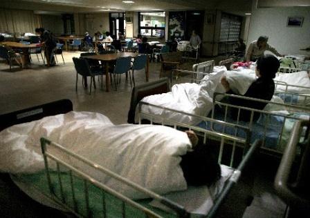精神科入院の基準緩和の狙いは何か
